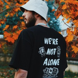 Tee 'We're Not Alone'  Black